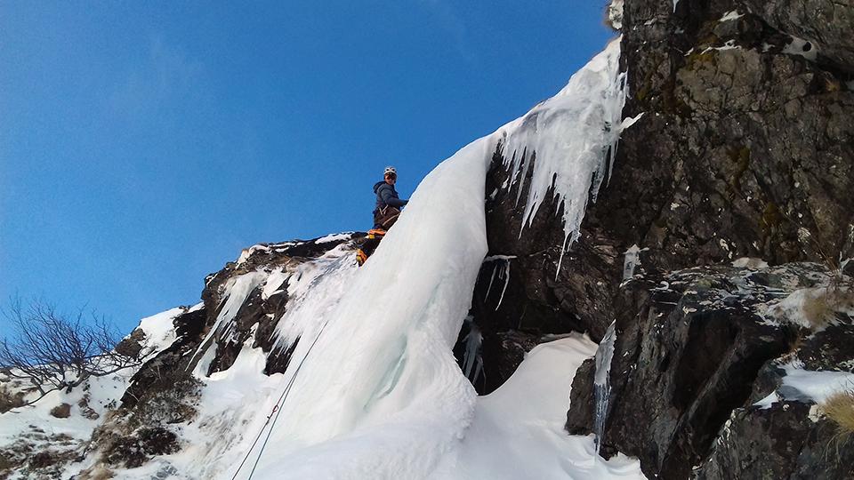 Conditions cascade de glace le 19 janvier 2017 avec simon guide du bureau des guides de l'Ariège - Pyrénées