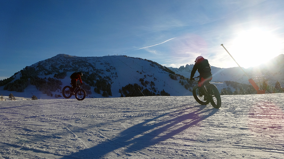 Fatbike-vtt-sur-neige-guides-ariege-8