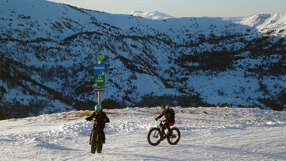 Fatbike-vtt-sur-neige-guides-ariege