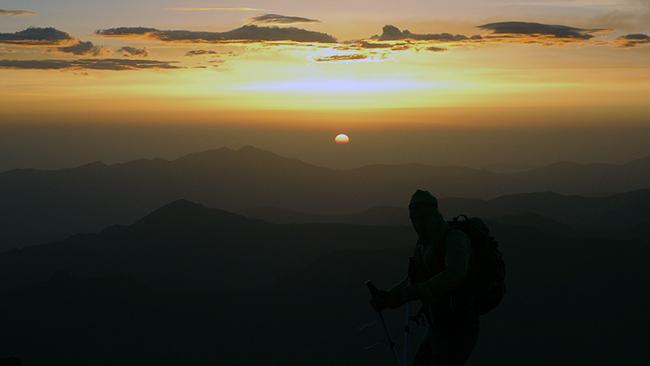 photo-en-action-coucher-de-soleil-loic-gallot-guides-ariege