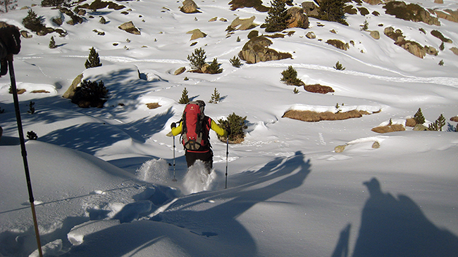 photo-en-action-raquettes-neige-andorre-loic-gallot-guides-ariege