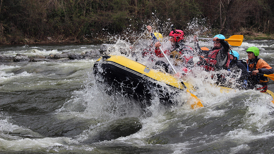 groupe-rafting-guides-ariege-pyrenees-4